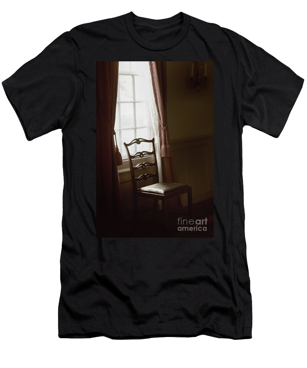 Chair Men's T-Shirt (Athletic Fit) featuring the photograph Dining Room Window by Margie Hurwich