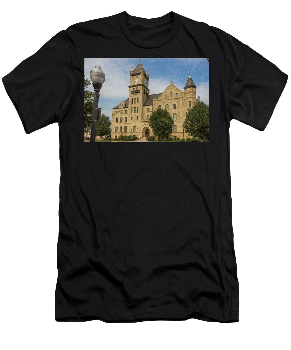 Court Men's T-Shirt (Athletic Fit) featuring the photograph Douglas County Courthouse 5 by Ken Kobe