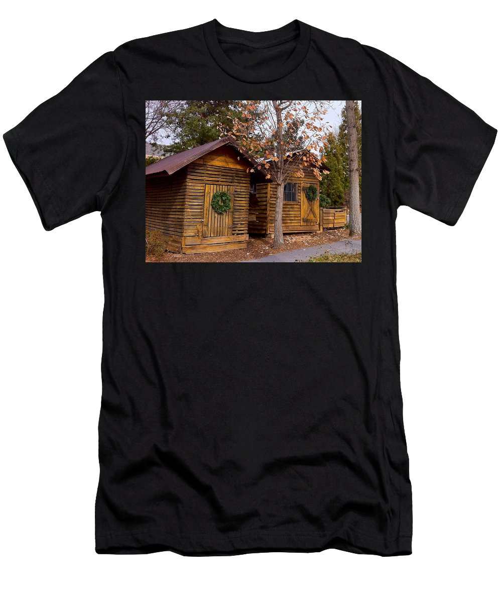Farmhouse Men's T-Shirt (Athletic Fit) featuring the photograph Dunwoody Farmhouse Cabins by Denise Mazzocco