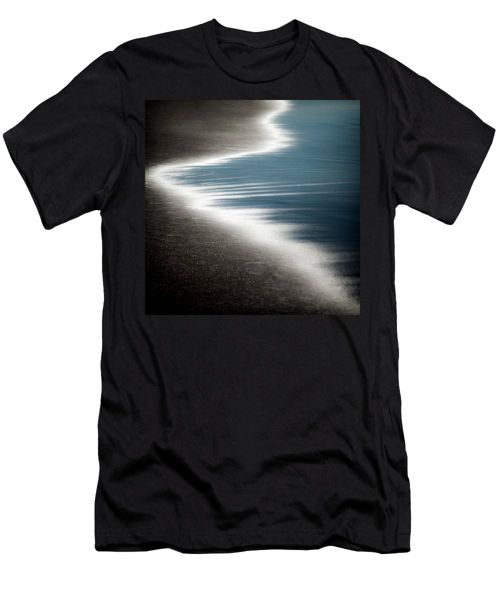 Beach Men's T-Shirt (Athletic Fit) featuring the photograph Ebb And Flow by Dave Bowman