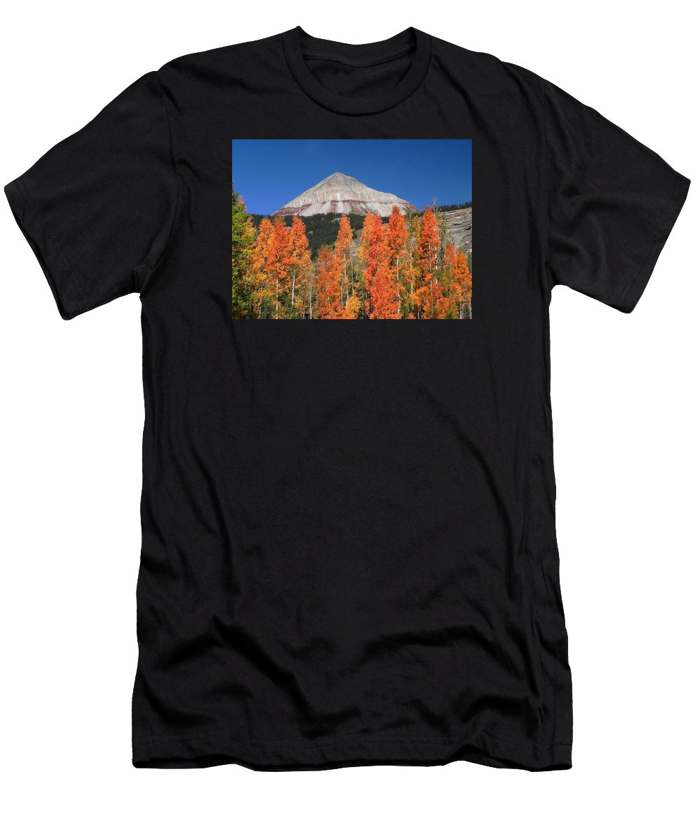 Engineer Mountain Men's T-Shirt (Athletic Fit) featuring the photograph 2d10688-engineer Mountain In Fall by Ed Cooper Photography