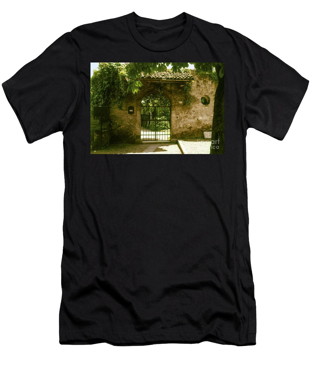 Romeo And Juliet Balcony House Houses Gate Gates City Cities Cityscape Cityscapes Tile Tiles Stone Stones Architecture Italy Men's T-Shirt (Athletic Fit) featuring the photograph Entrance To Romeo And Juliet House by Bob Phillips