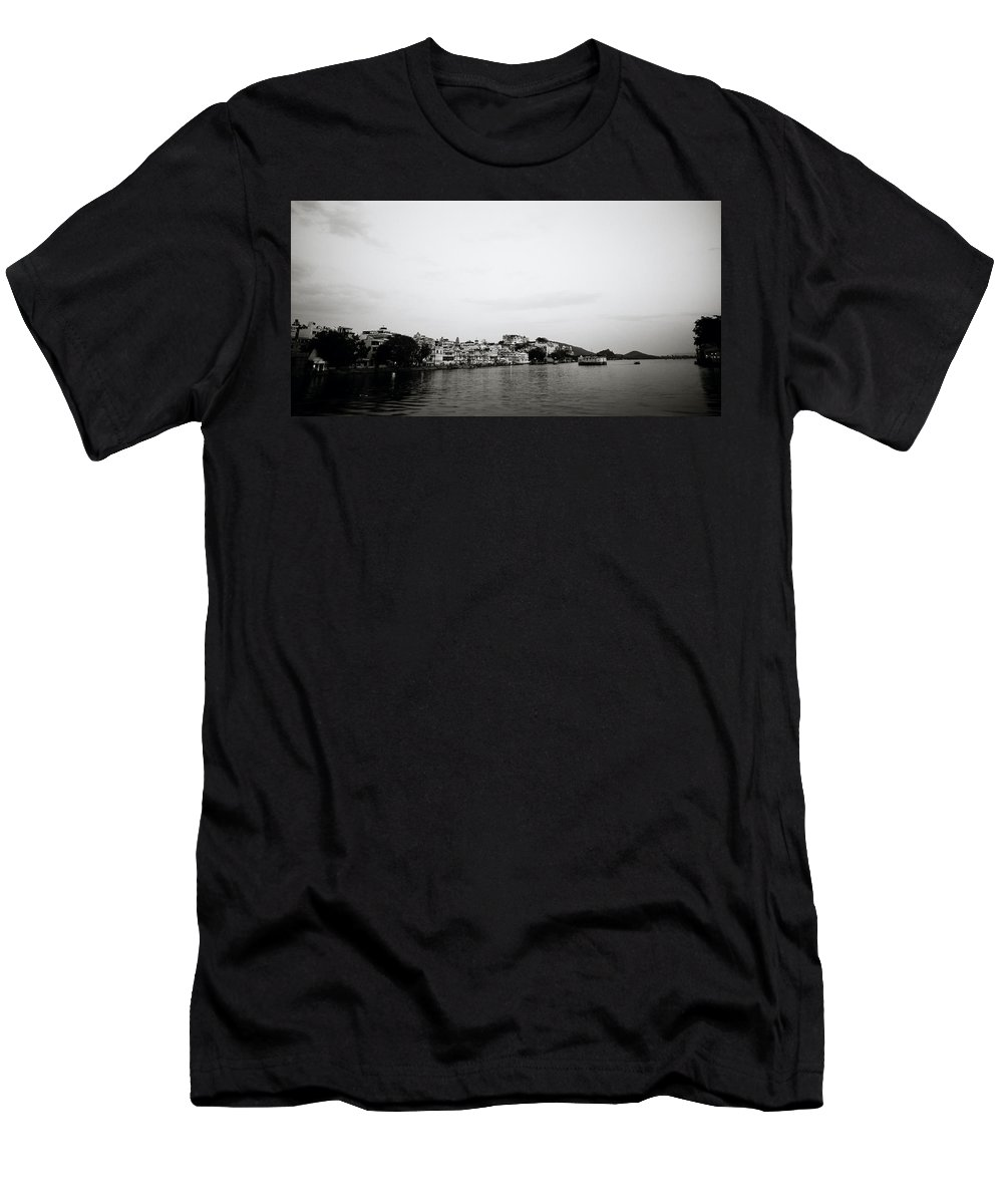 India Men's T-Shirt (Athletic Fit) featuring the photograph Ethereal Udaipur by Shaun Higson