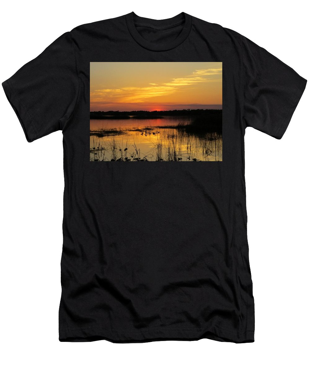 Sunset Men's T-Shirt (Athletic Fit) featuring the photograph Evening At The Lake by Zina Stromberg