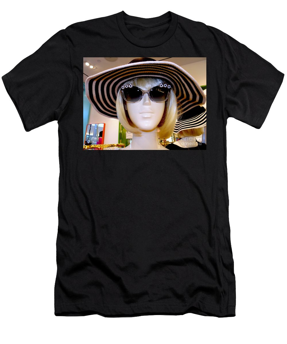 Mannequins Men's T-Shirt (Athletic Fit) featuring the photograph Fair Skinned by Ed Weidman