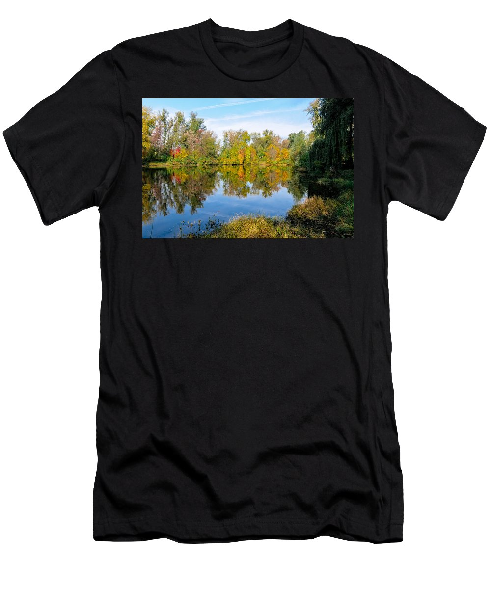 Kiev Men's T-Shirt (Athletic Fit) featuring the photograph Fall On The Lake by Alain De Maximy