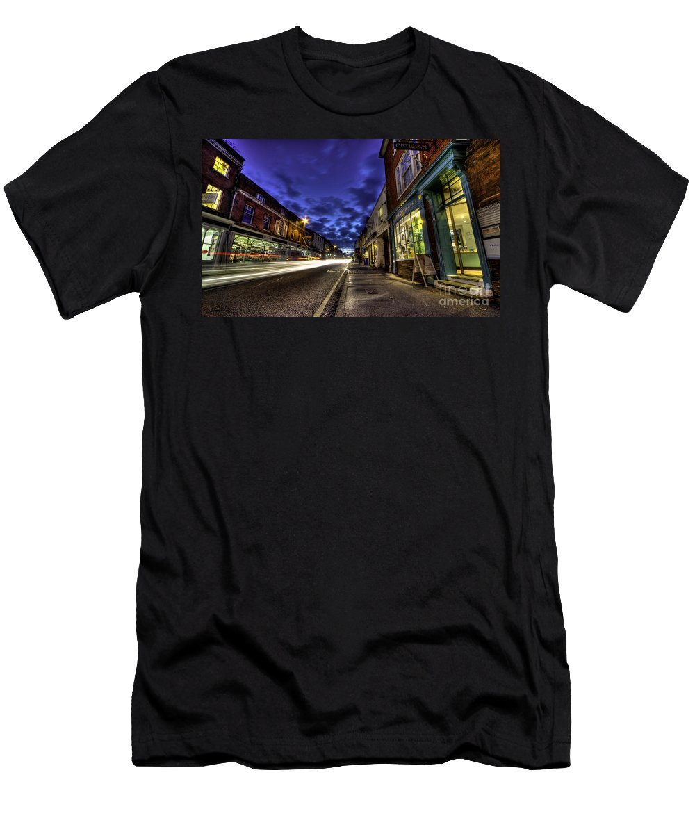 Farnham Men's T-Shirt (Athletic Fit) featuring the photograph Farnham West St By Night by Rob Hawkins