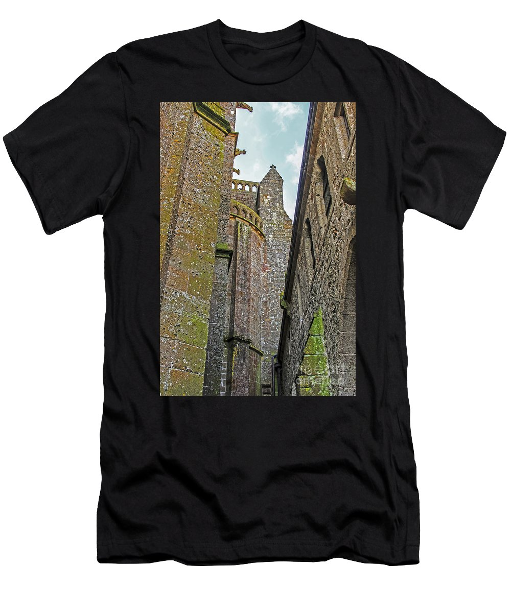 Travel Men's T-Shirt (Athletic Fit) featuring the photograph Feudal Canyon by Elvis Vaughn