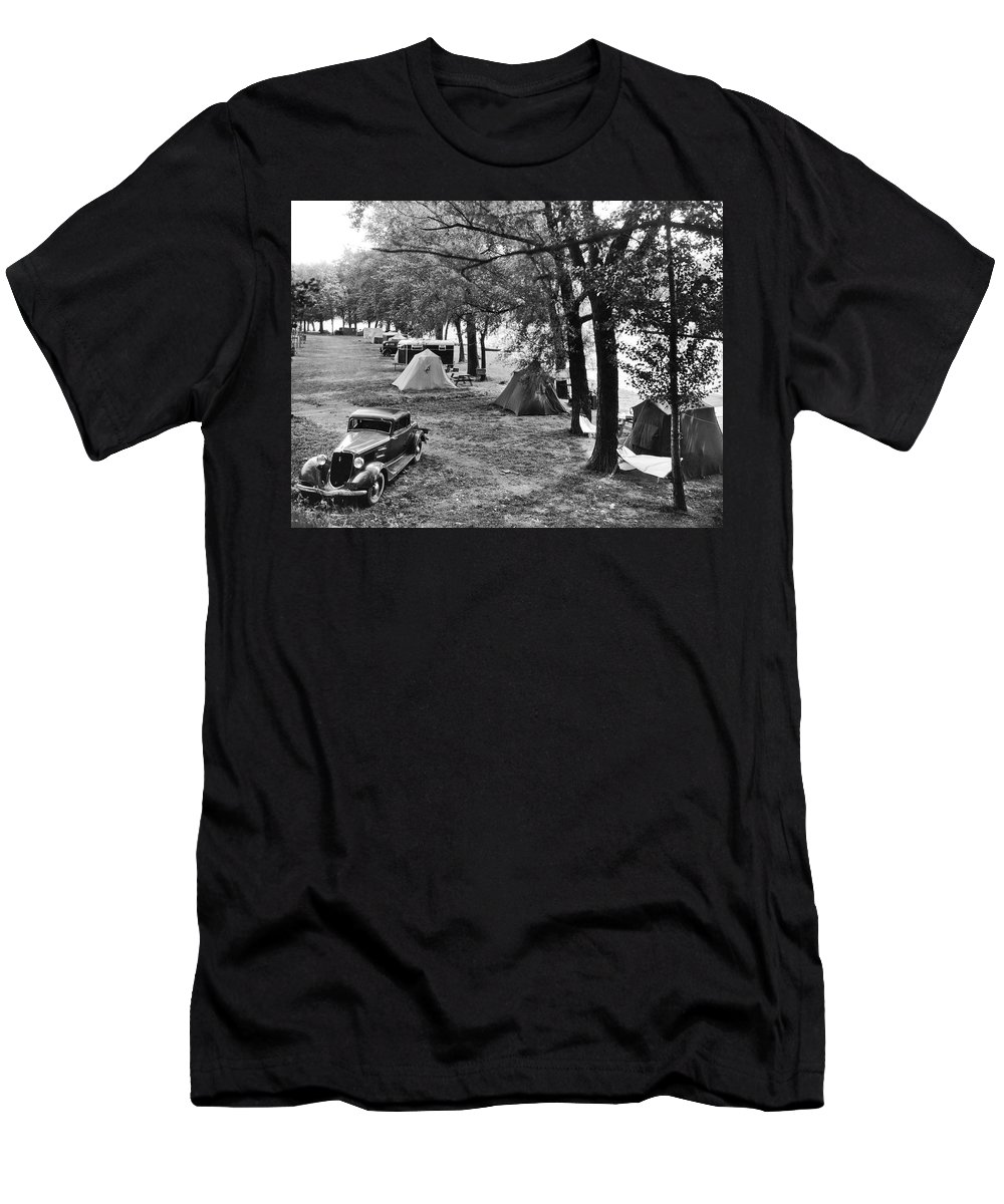 1920s Men's T-Shirt (Athletic Fit) featuring the photograph Finger Lakes Camping by Underwood Archives