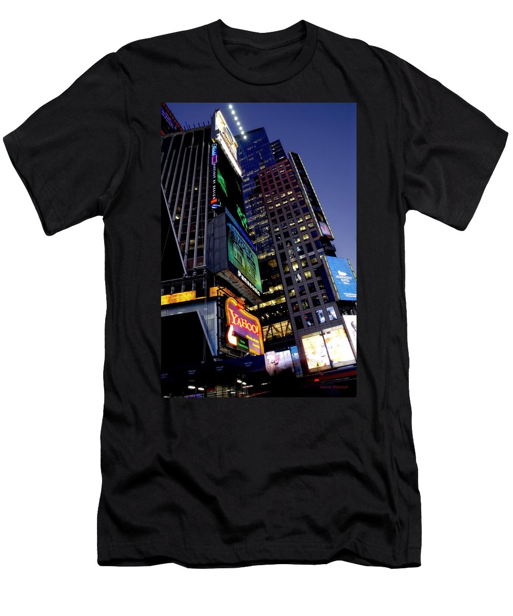 New York Men's T-Shirt (Athletic Fit) featuring the photograph Flash by Donna Blackhall