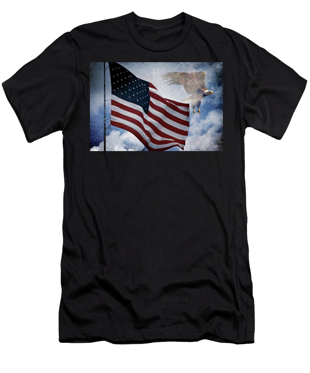 Eagle Men's T-Shirt (Athletic Fit) featuring the photograph Freedom by Scott Pellegrin