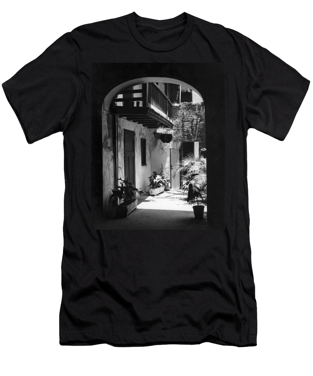 1950s Men's T-Shirt (Athletic Fit) featuring the photograph French Quarter Courtyard by Underwood Archives