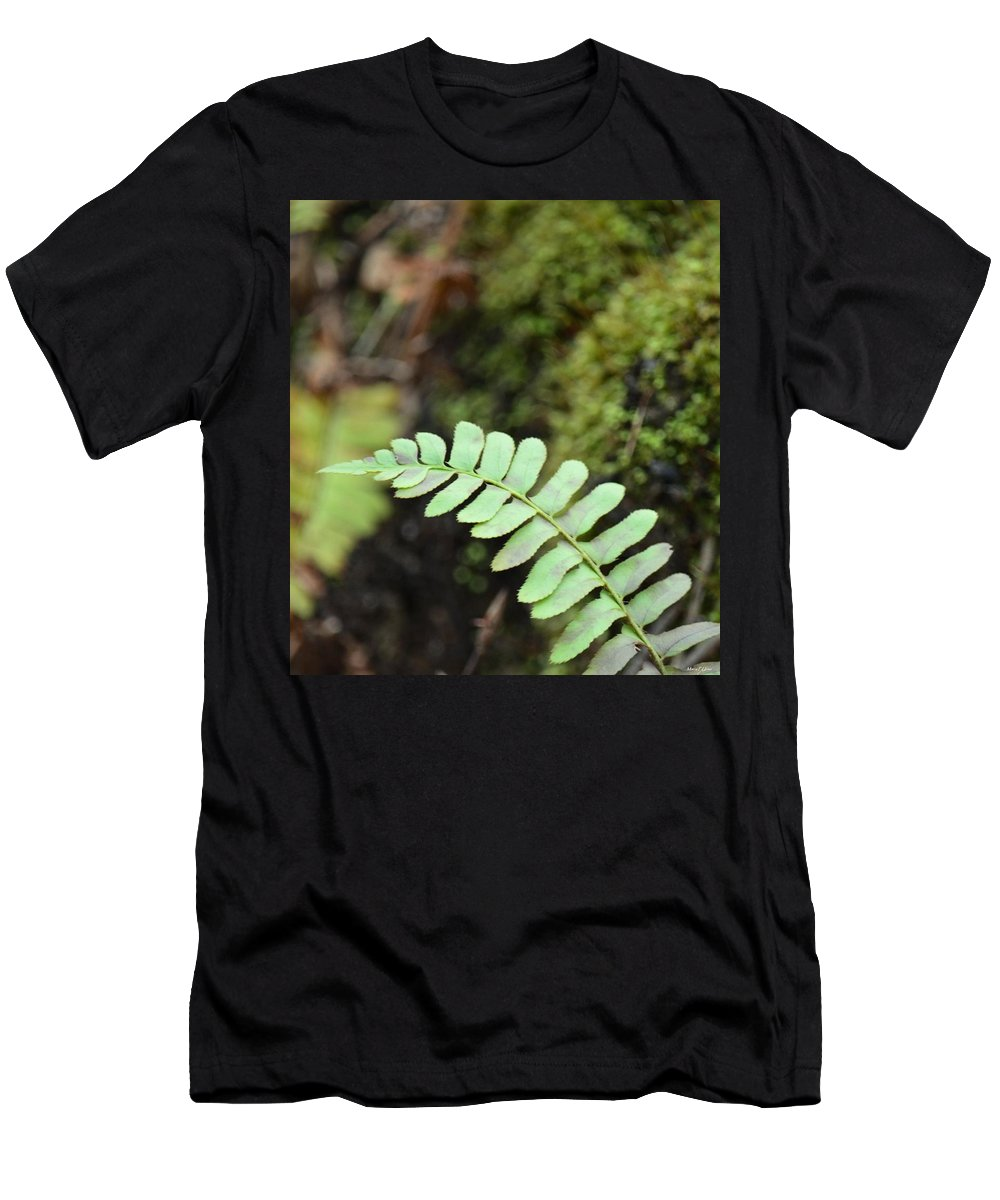 Frond Men's T-Shirt (Athletic Fit) featuring the photograph Frond by Maria Urso