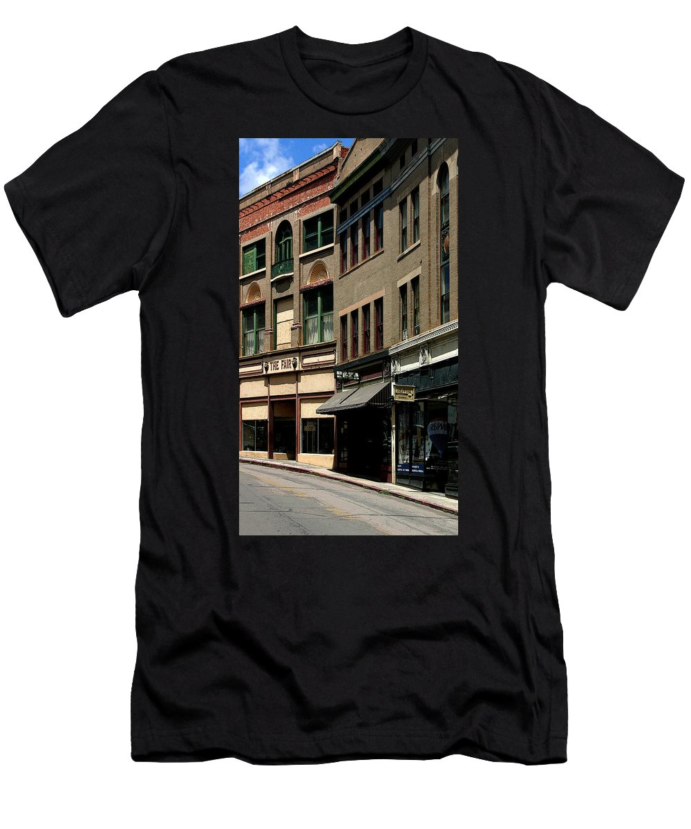 Stores Men's T-Shirt (Athletic Fit) featuring the photograph Frozen In Time by Joe Kozlowski
