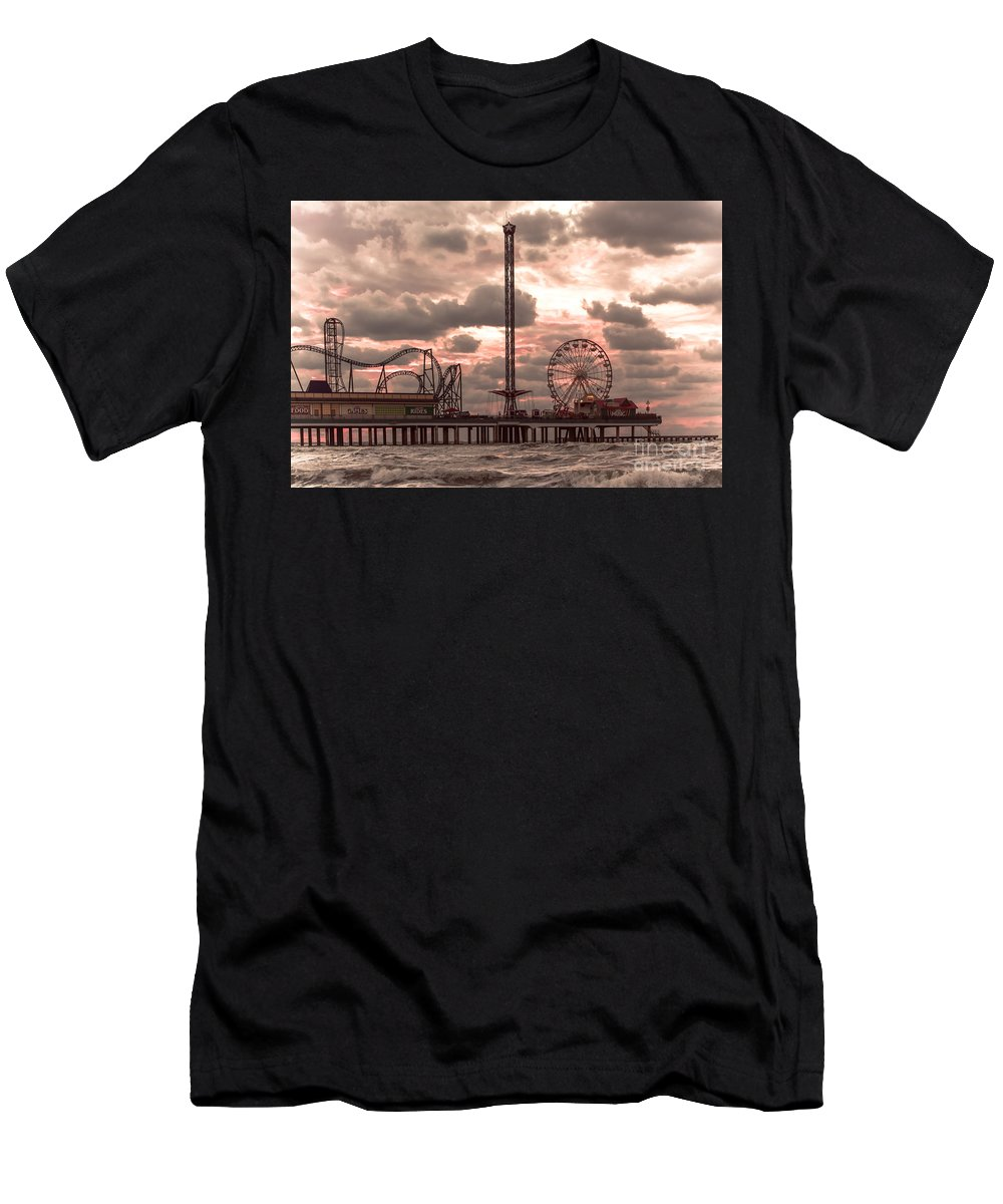 Landscape Men's T-Shirt (Athletic Fit) featuring the photograph Galveston Island Morning by Robert Frederick