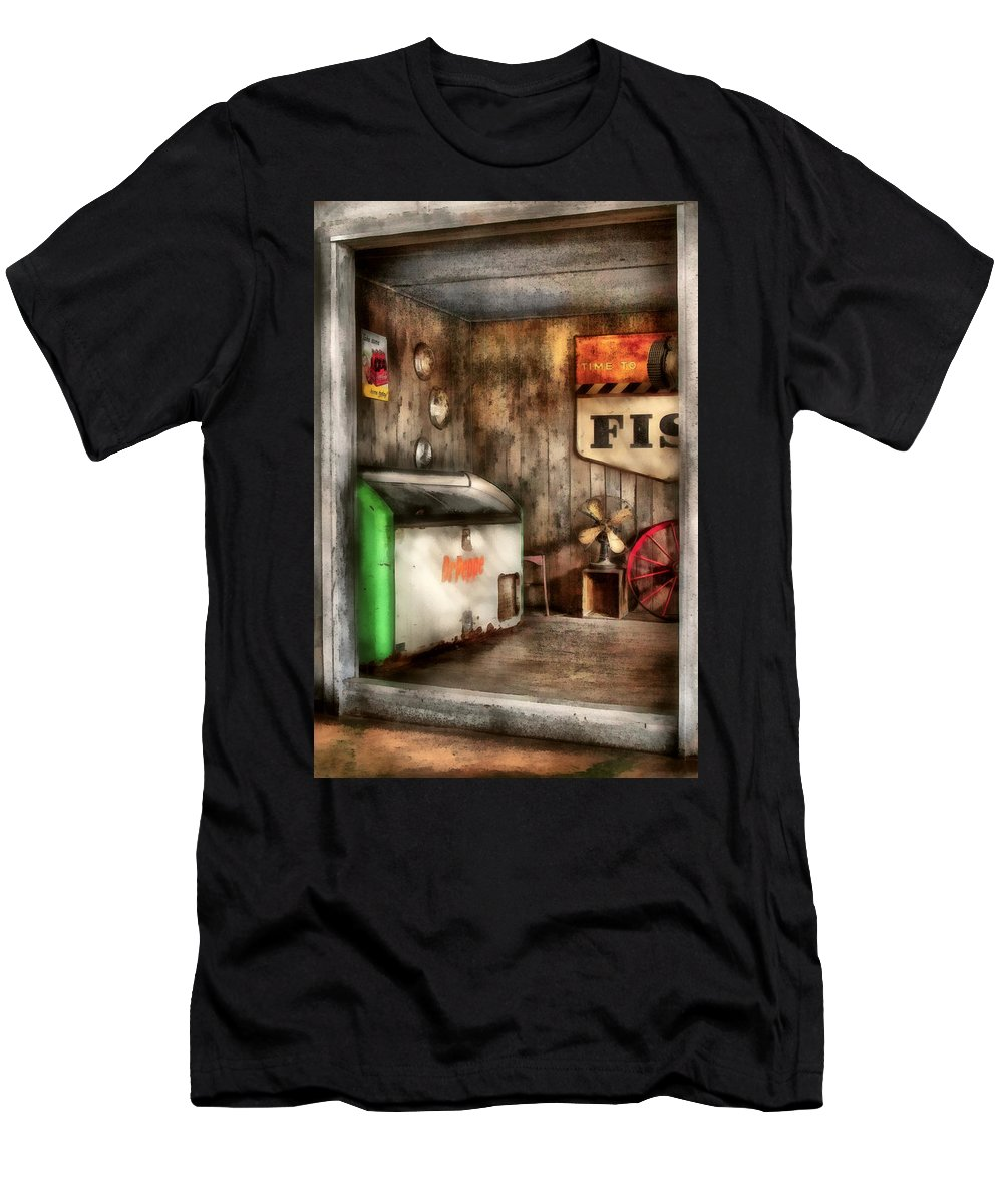 Savad Men's T-Shirt (Athletic Fit) featuring the photograph Garage - Just Behind The Garage by Mike Savad