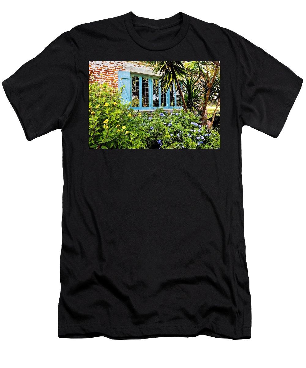 Casa De Feliz Men's T-Shirt (Athletic Fit) featuring the photograph Garden Window Db by Rich Franco