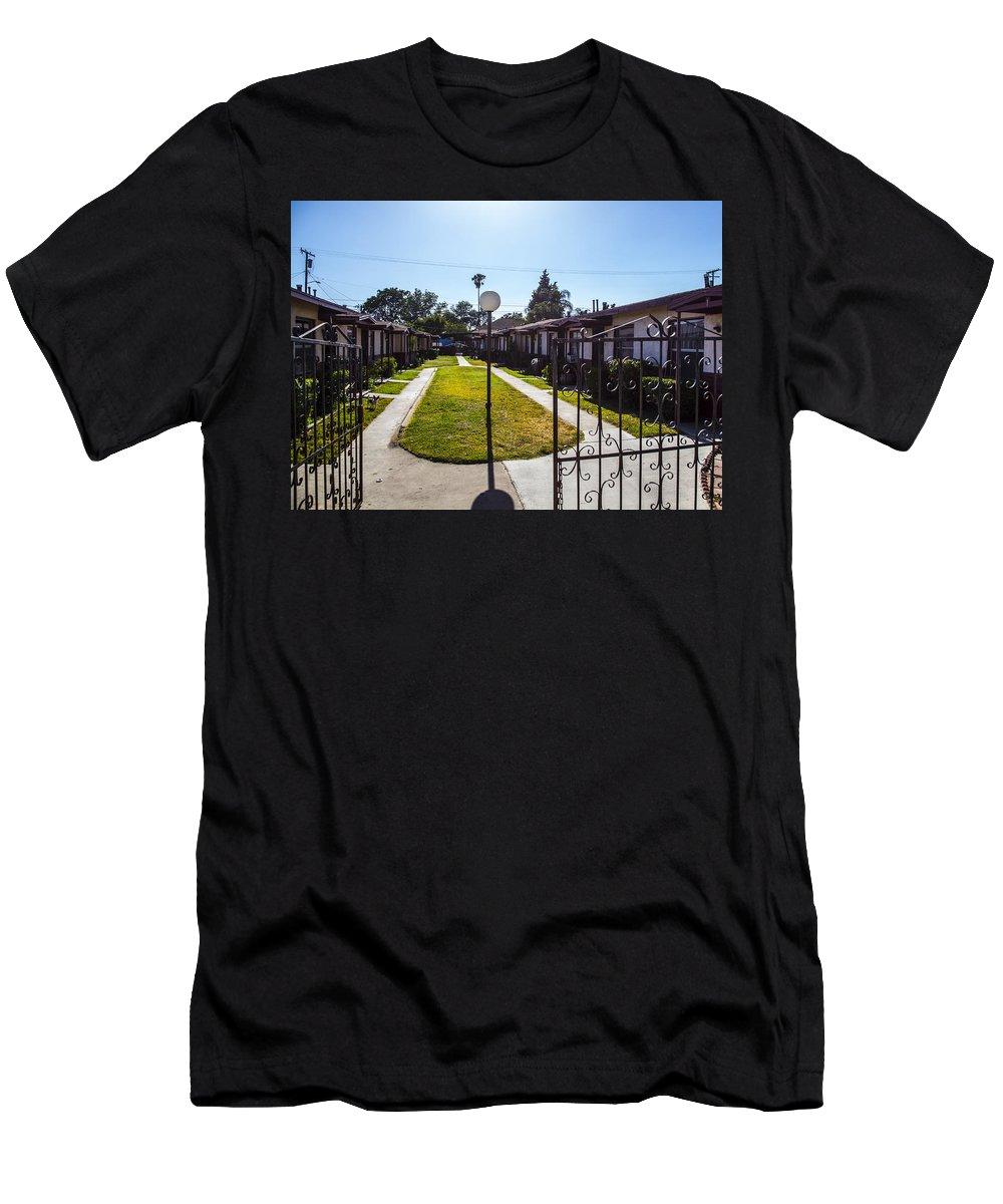 Route 66 Men's T-Shirt (Athletic Fit) featuring the photograph Gated by Angus Hooper Iii