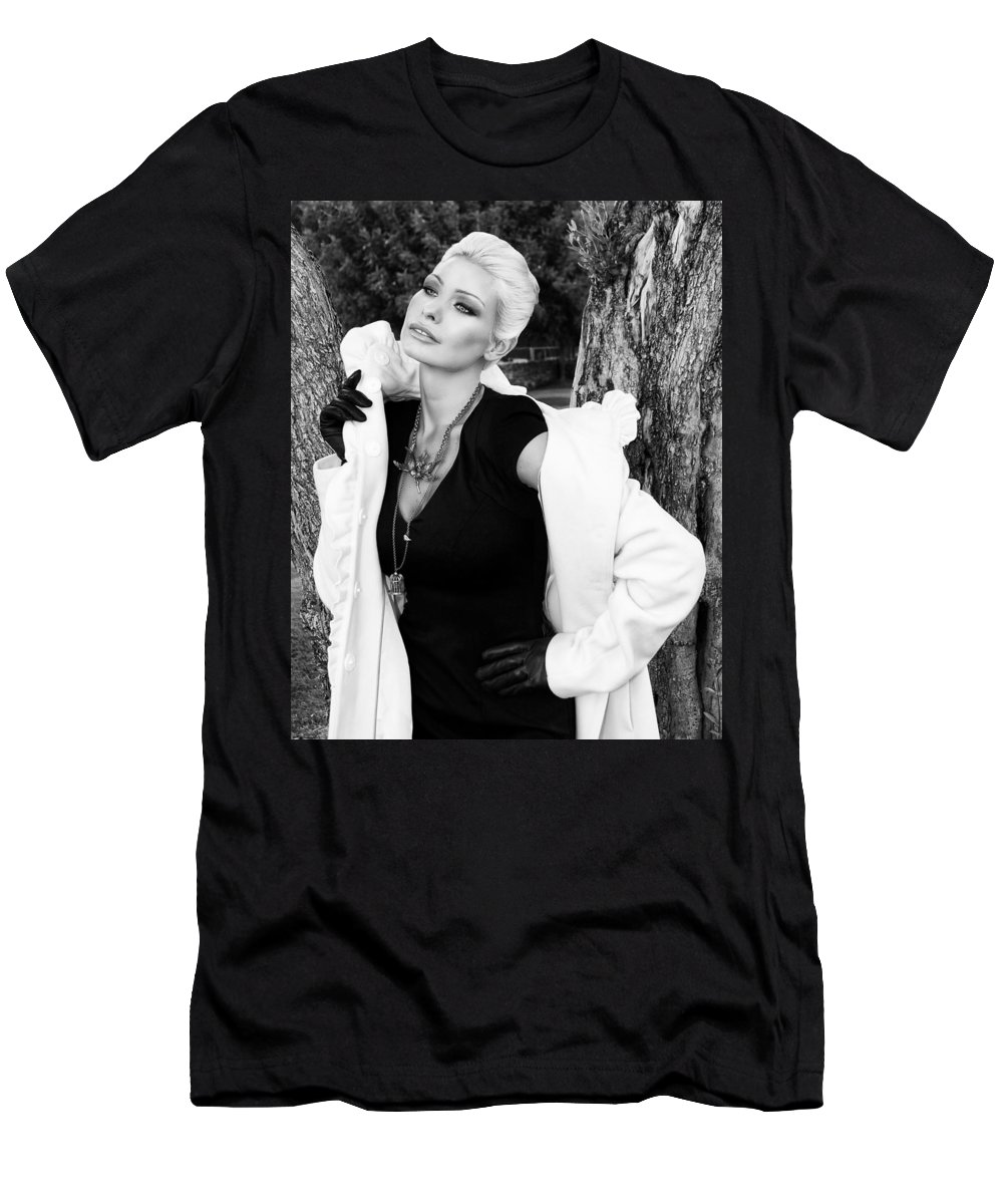 Blonde Men's T-Shirt (Athletic Fit) featuring the photograph Glamour Bw Palm Springs by William Dey