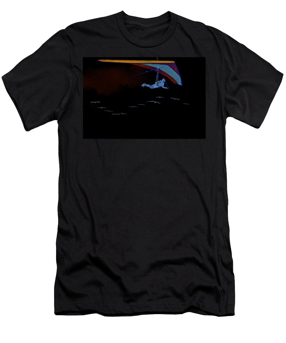 Hang Men's T-Shirt (Athletic Fit) featuring the photograph Gliding In Black by SC Heffner