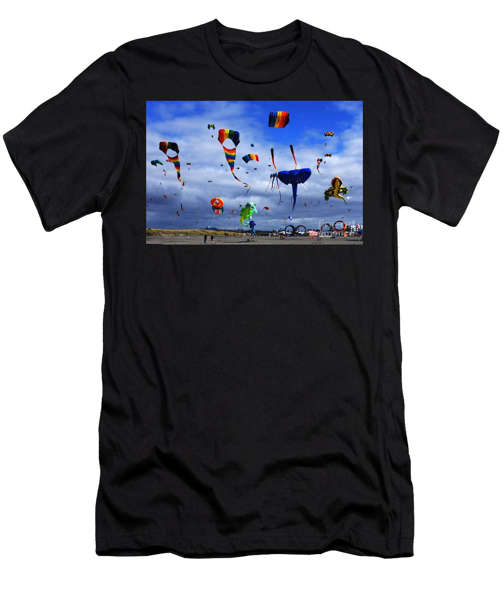 Kite Men's T-Shirt (Athletic Fit) featuring the photograph Go Fly A Kite 4 by Bob Christopher
