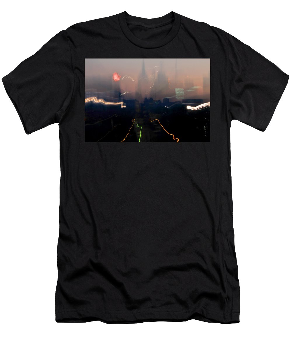 City Men's T-Shirt (Athletic Fit) featuring the photograph Going Downtown by Gene Tatroe