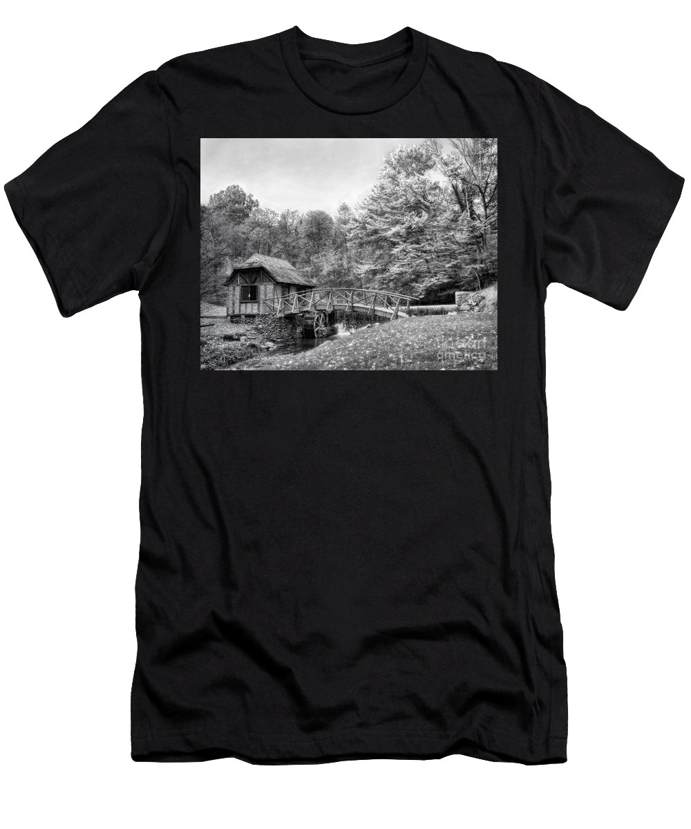 Ir Men's T-Shirt (Athletic Fit) featuring the photograph Gomez Mill by Claudia Kuhn