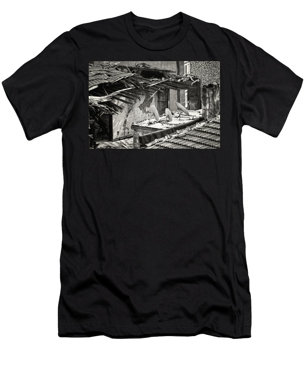 Alleyway; Narrow Street Men's T-Shirt (Athletic Fit) featuring the photograph Gotta Have It by Joan Carroll