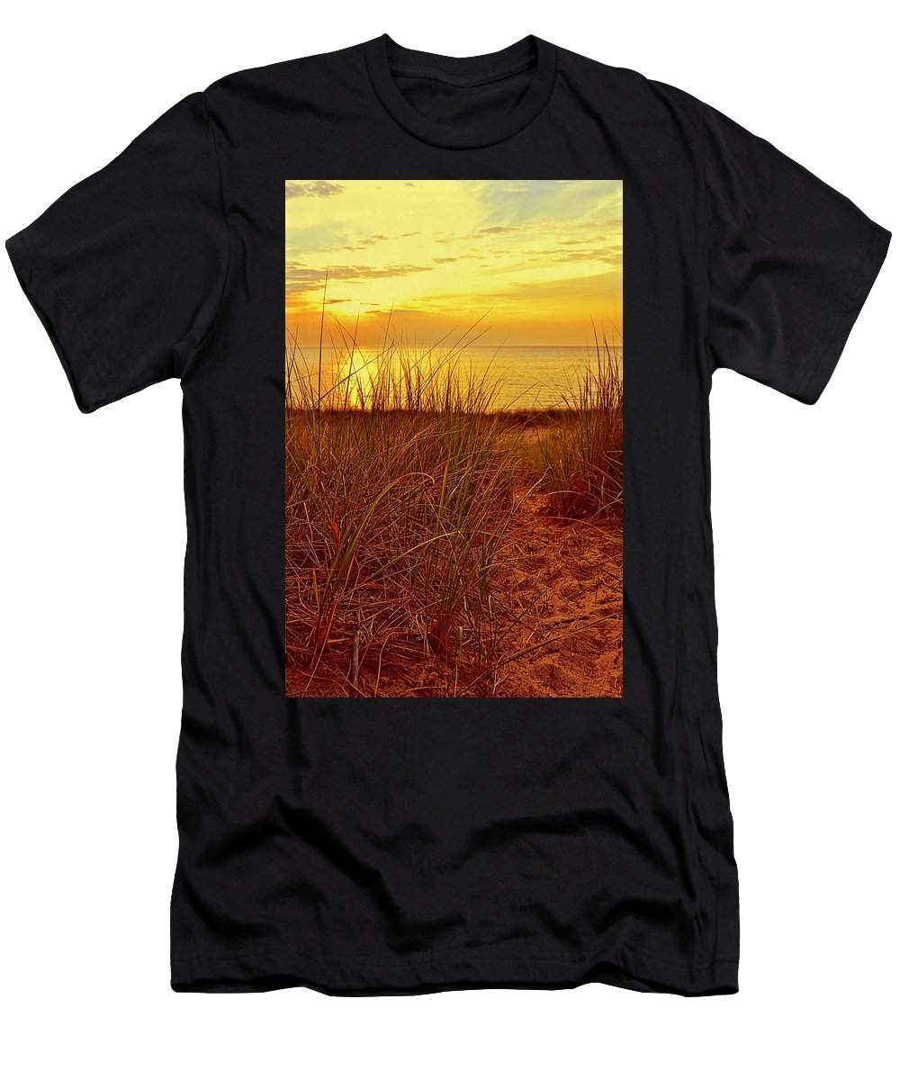 Sunsets Men's T-Shirt (Athletic Fit) featuring the photograph Great Lake Great Sunset 2 by Michelle Calkins