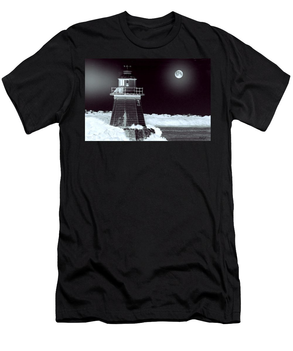 Landscapes Men's T-Shirt (Athletic Fit) featuring the photograph Guiding Lights by Holly Kempe