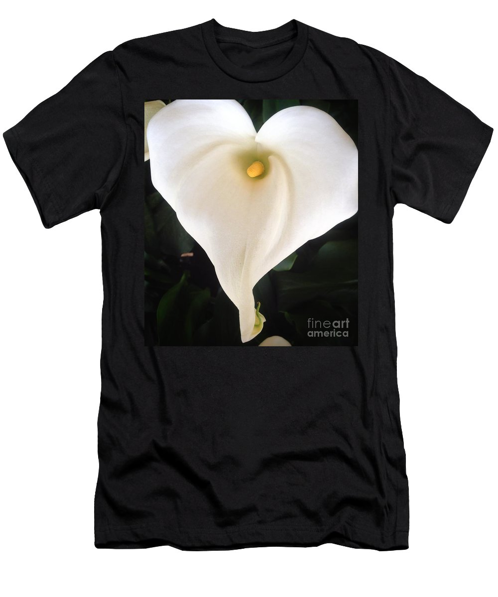 Heart Of Calla Men's T-Shirt (Athletic Fit) featuring the photograph Heart Of Calla by Susan Garren