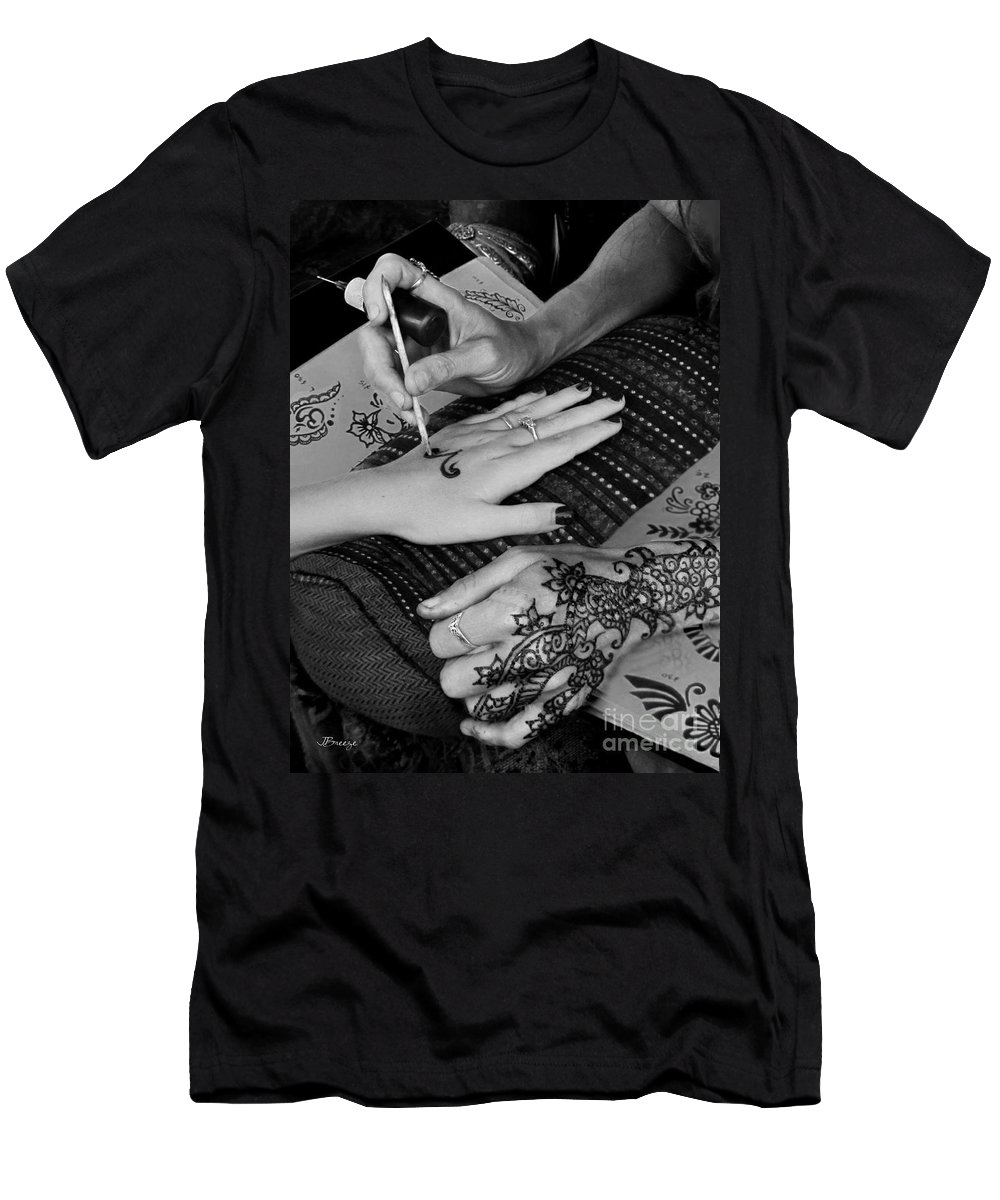 Henna Men's T-Shirt (Athletic Fit) featuring the photograph Henna Artist At Play by Jennie Breeze