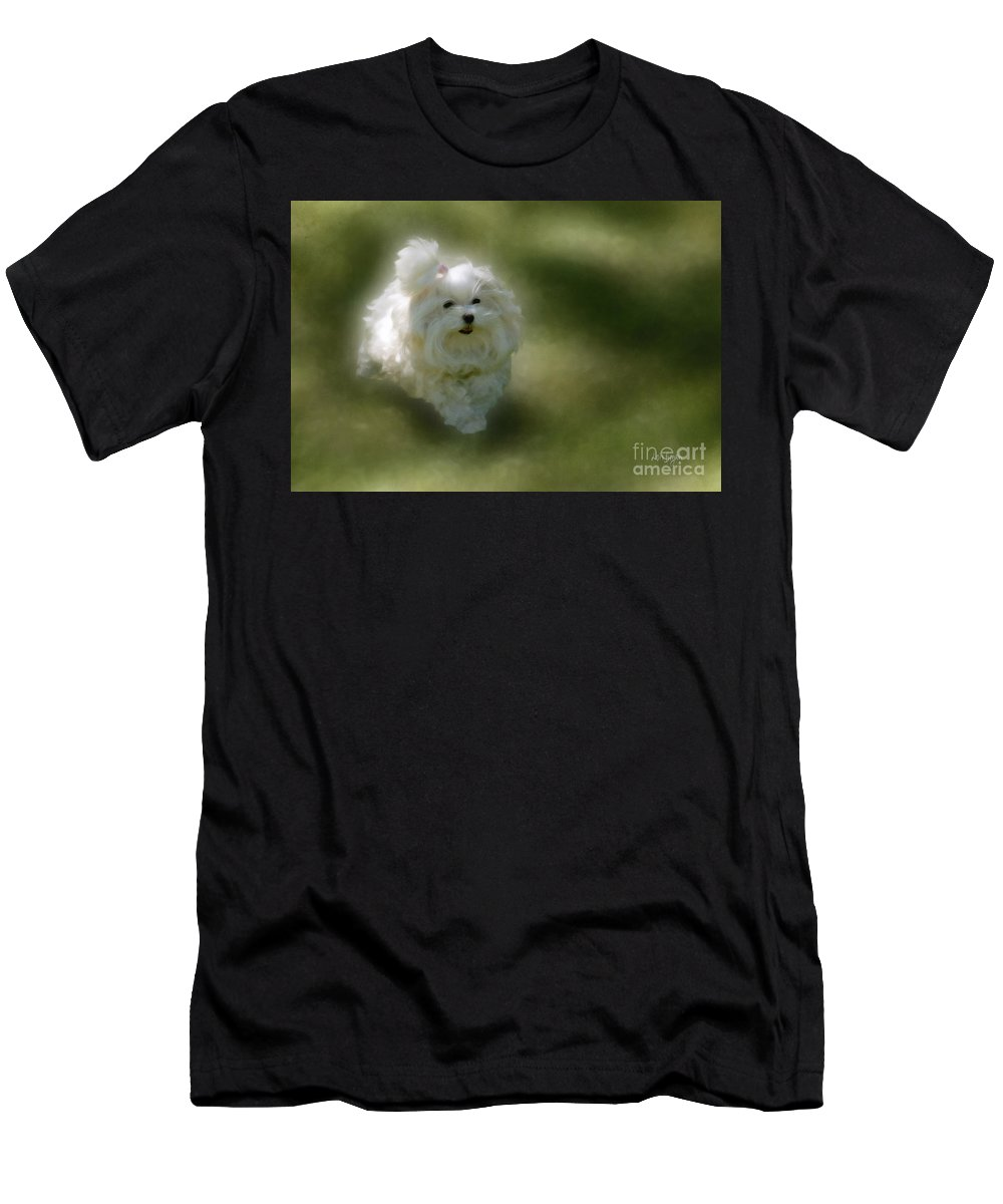 Dogs Men's T-Shirt (Athletic Fit) featuring the photograph Here She Comes by Lois Bryan