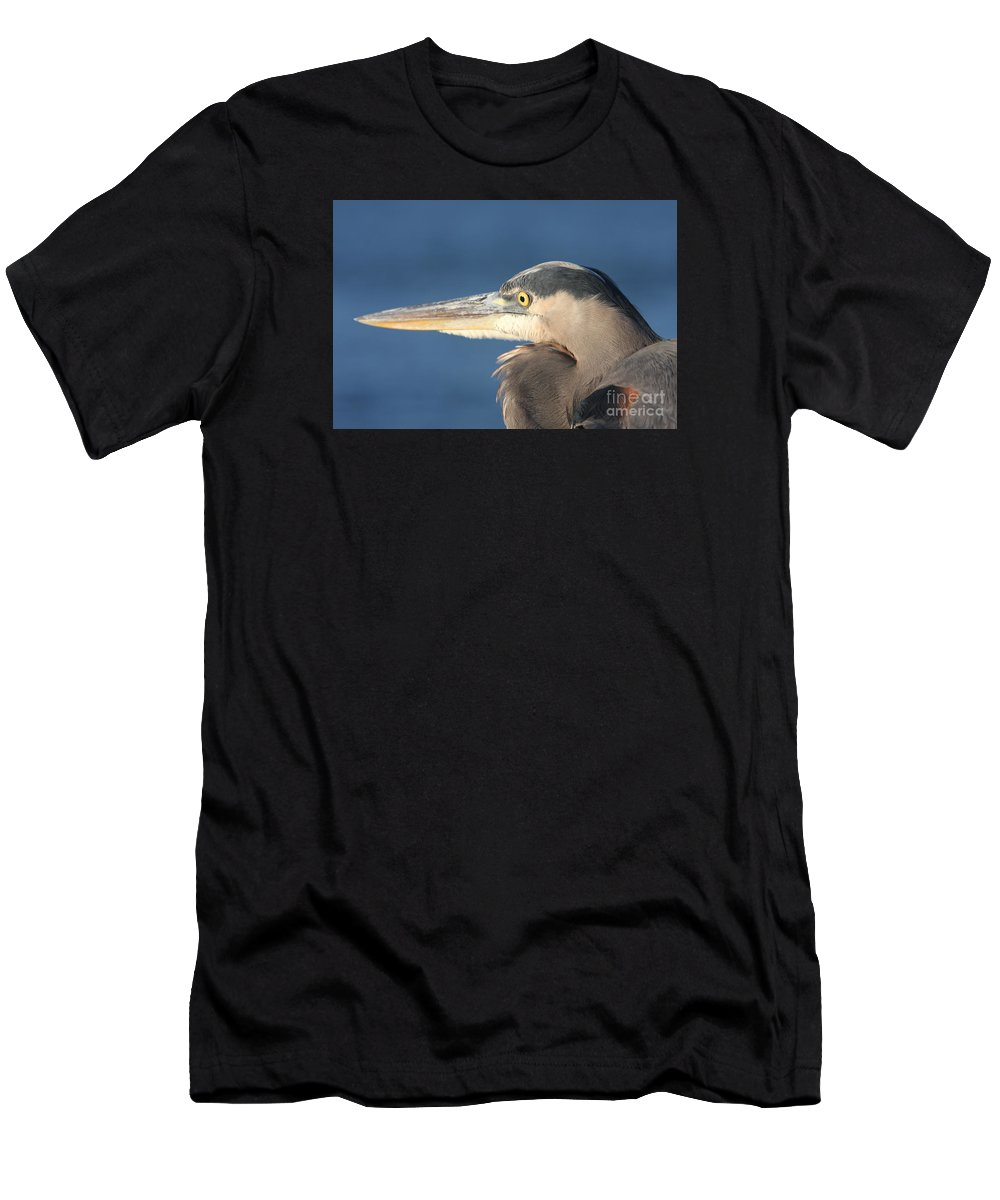 Heron Men's T-Shirt (Athletic Fit) featuring the photograph Heron Close-up by Christiane Schulze Art And Photography