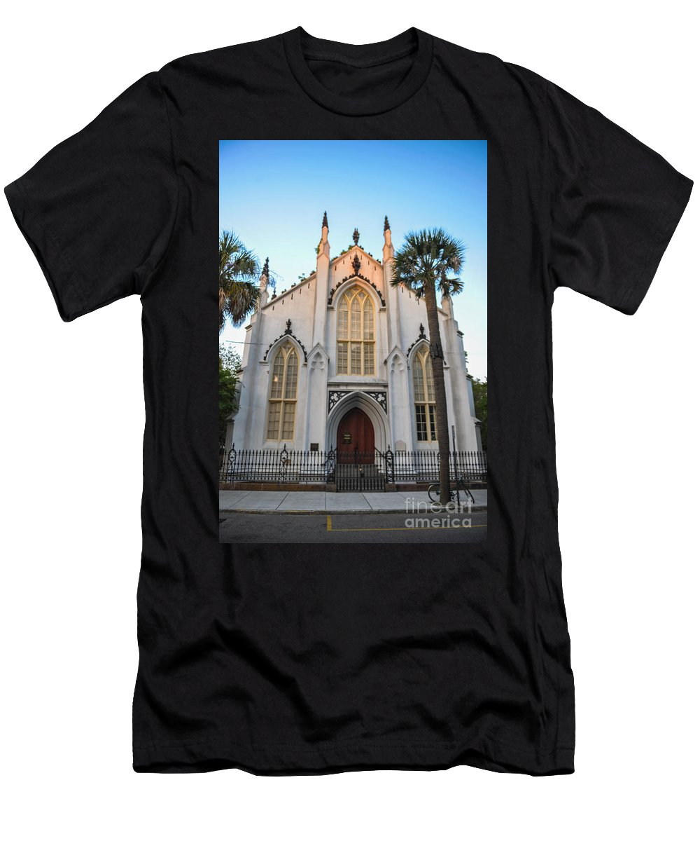 French Huguenot Men's T-Shirt (Athletic Fit) featuring the photograph Historic Downtown Church by Dale Powell