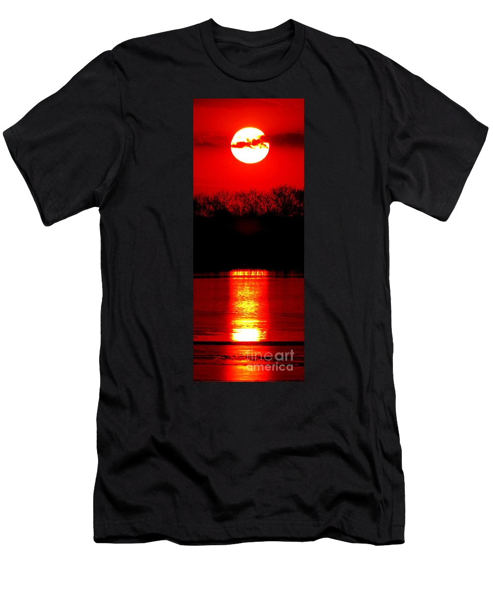 Sunset Men's T-Shirt (Athletic Fit) featuring the photograph Home by Olivier Le Queinec