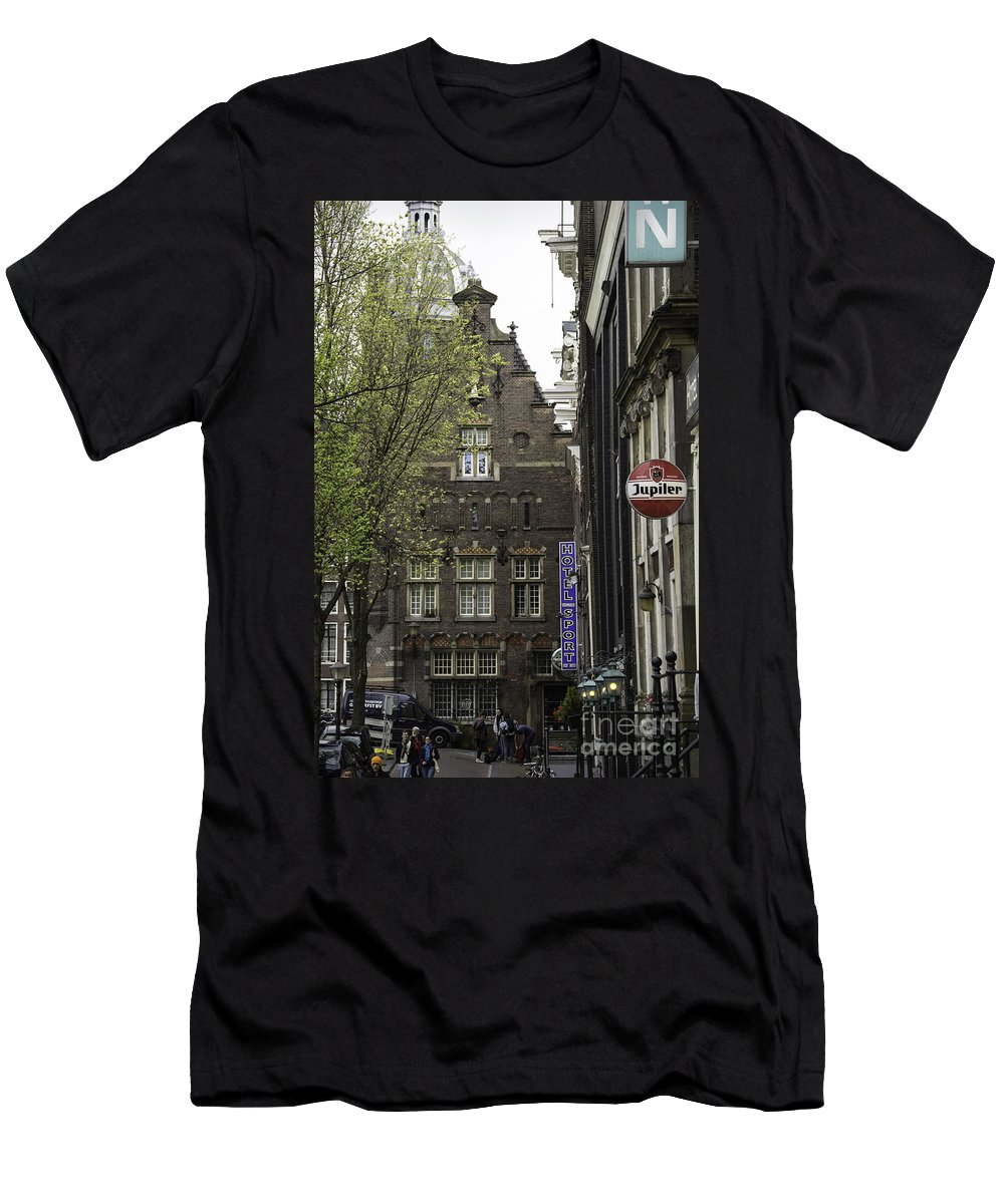 2014 Men's T-Shirt (Athletic Fit) featuring the photograph Hotel The Globe Amsterdam by Teresa Mucha