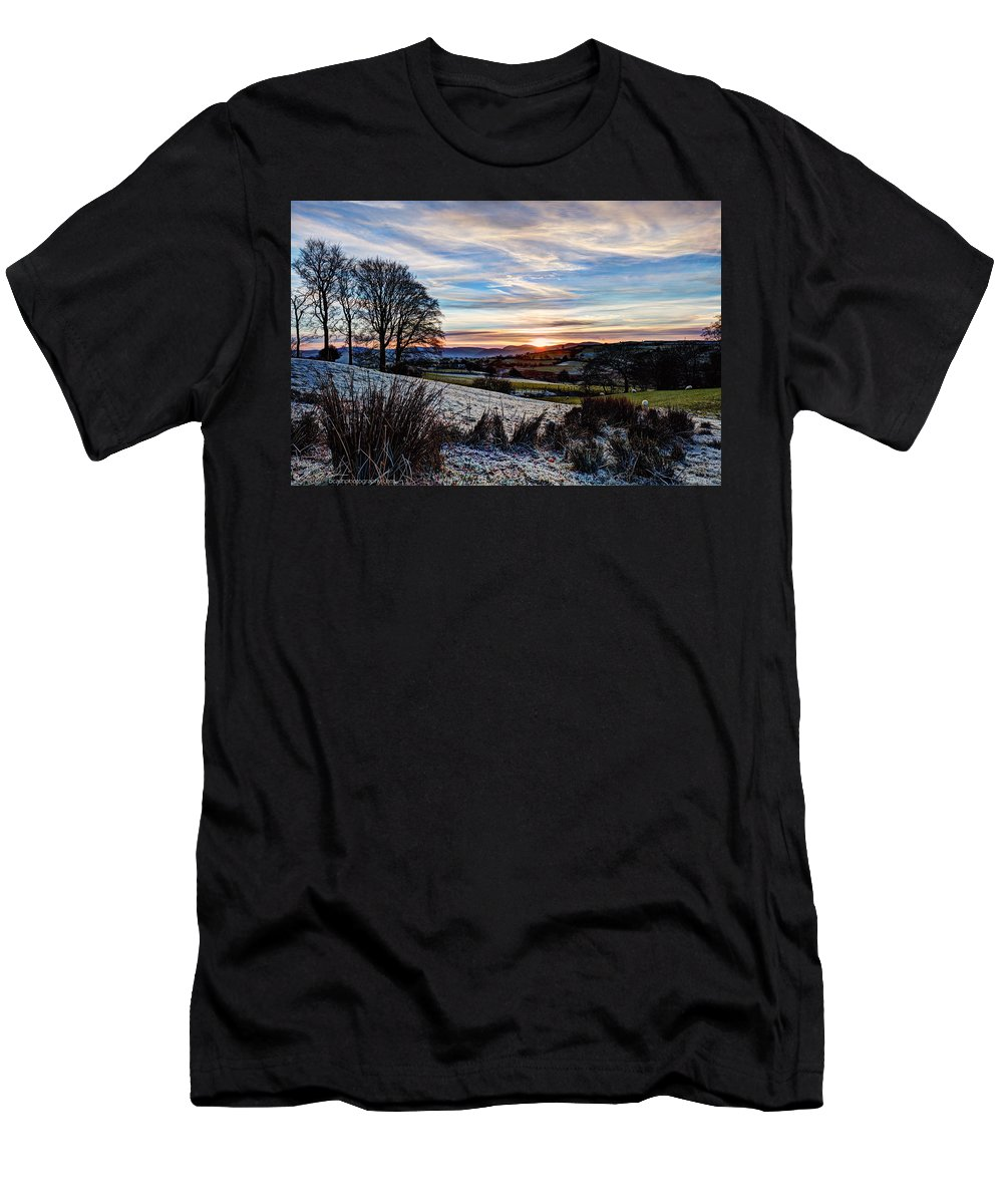 Winter Men's T-Shirt (Athletic Fit) featuring the photograph Icy Sunset by Beverly Cash