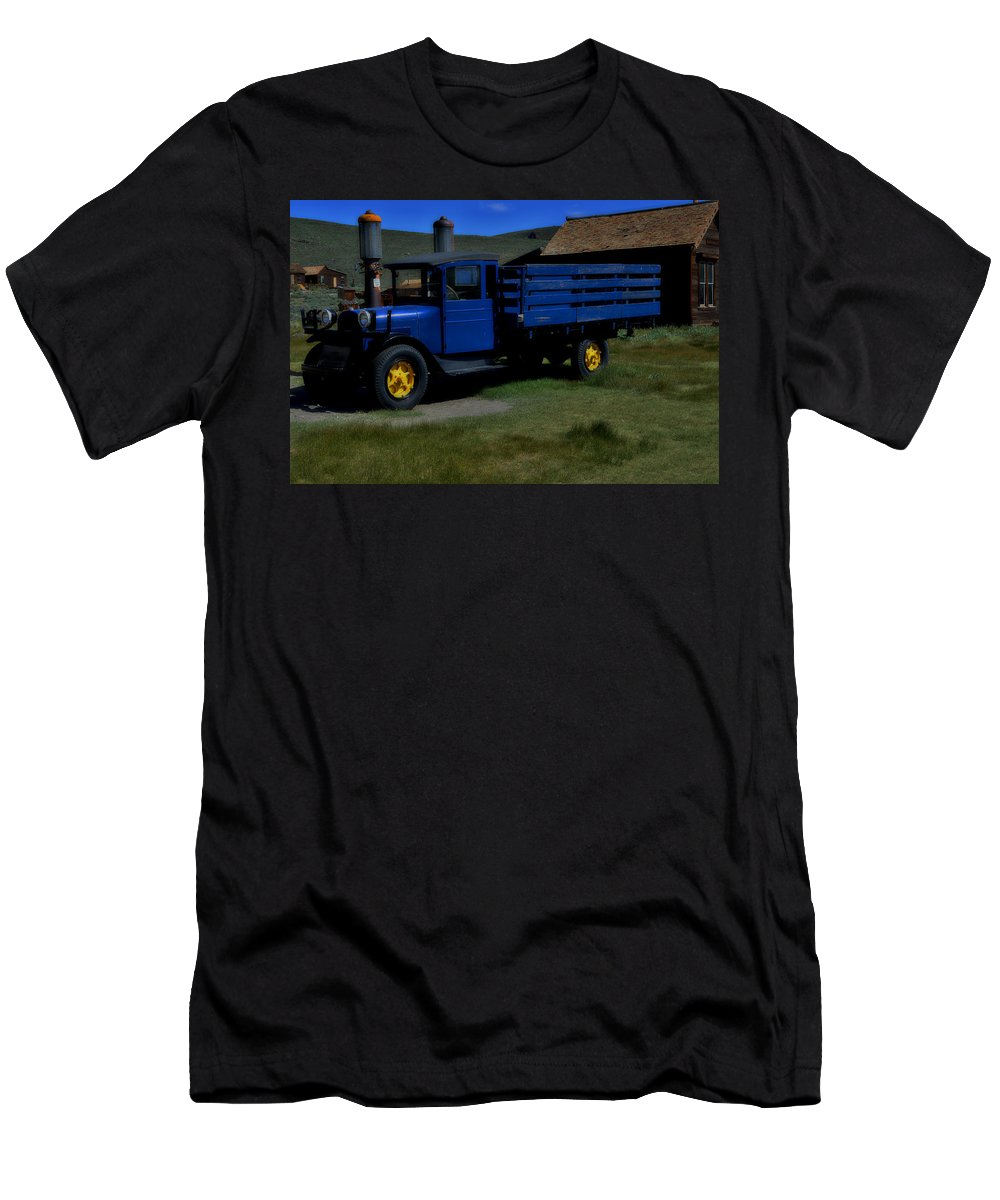 Trucks Men's T-Shirt (Athletic Fit) featuring the photograph Immaculate Restoration by See My Photos