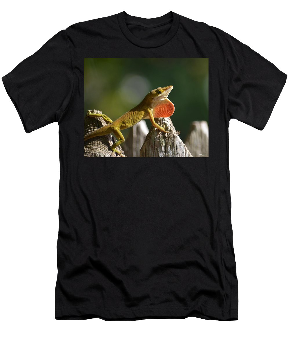 Intimidated Anole Men's T-Shirt (Athletic Fit) featuring the photograph Intimidated Anole by Maria Urso