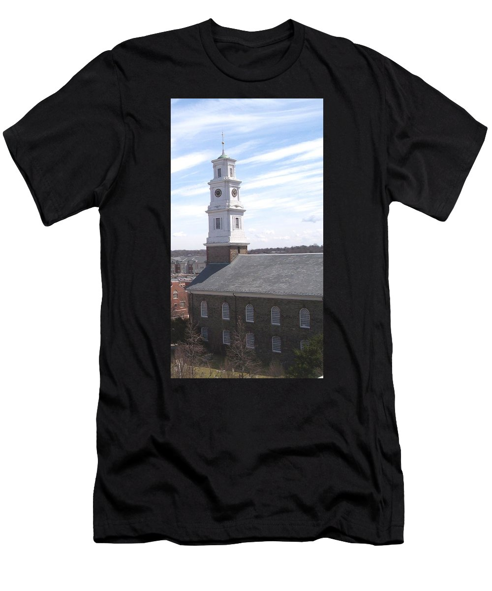 Architecture Men's T-Shirt (Athletic Fit) featuring the photograph Into The Blue by Pharris Art