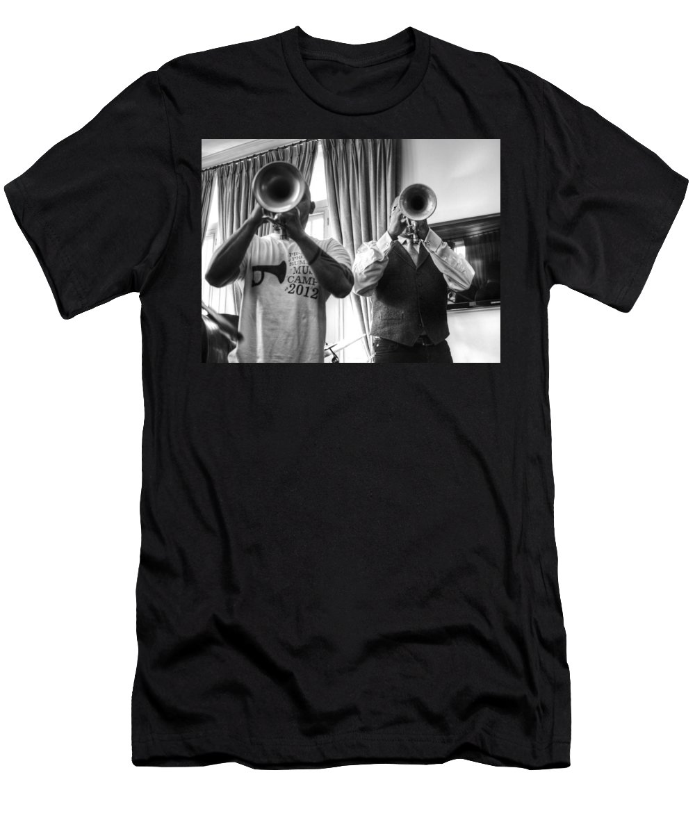 Irvin Mayfield Men's T-Shirt (Athletic Fit) featuring the photograph Irvin And Wynton by William Morgan
