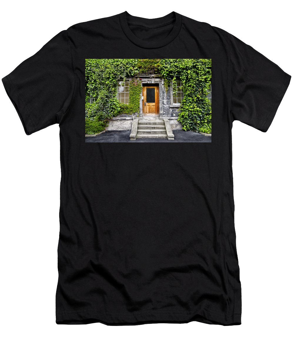 Ivy Men's T-Shirt (Athletic Fit) featuring the photograph Ivy Covered Doorway - Trinity College Dublin Ireland by Bill Cannon