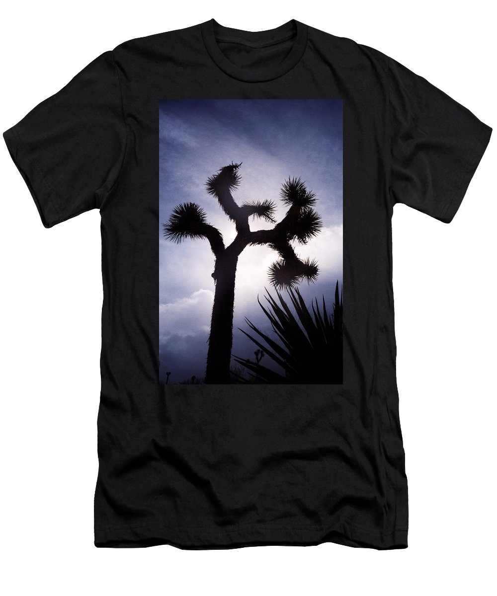 Joshua Tree Men's T-Shirt (Athletic Fit) featuring the photograph Joshua Tree by Dayne Reast