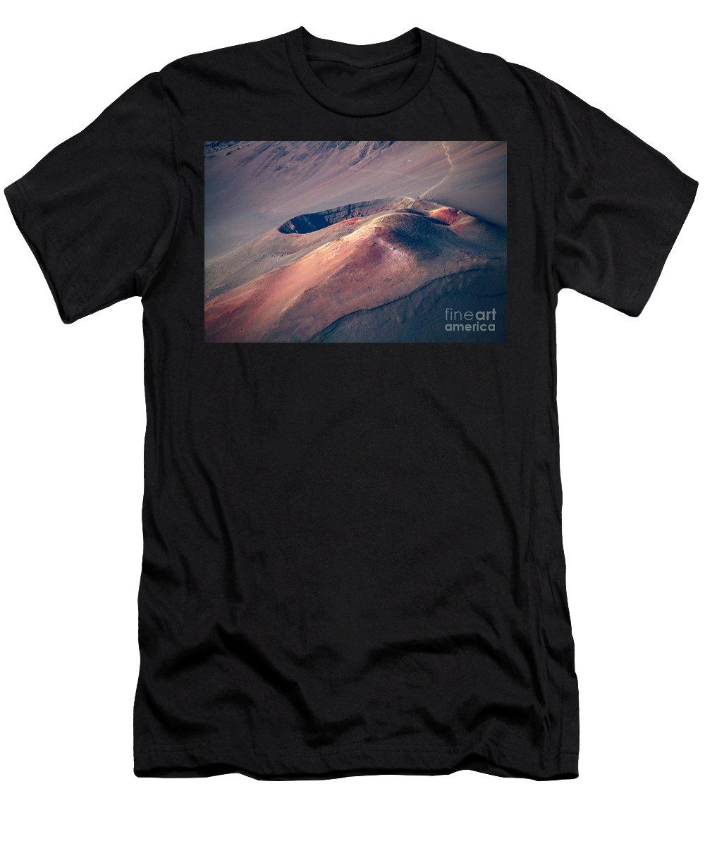 Haleakala Men's T-Shirt (Athletic Fit) featuring the photograph Ka Lu'u O Ka 'o'o And Sliding Sands Trail Keonehe'e Haleakala Maui Hawaii by Sharon Mau
