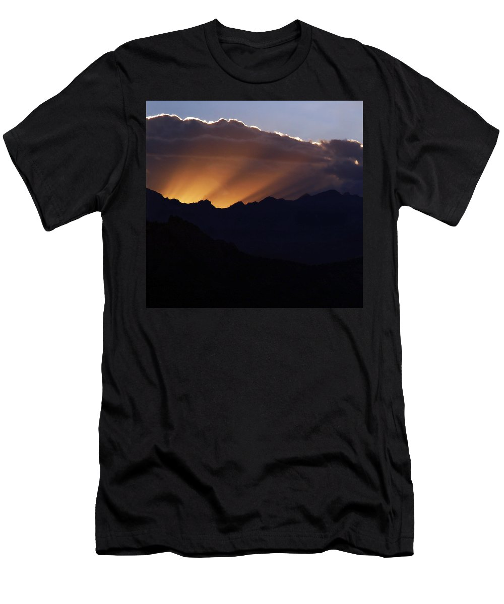 Sunset Men's T-Shirt (Athletic Fit) featuring the photograph Last Rays by Marilyn Hunt
