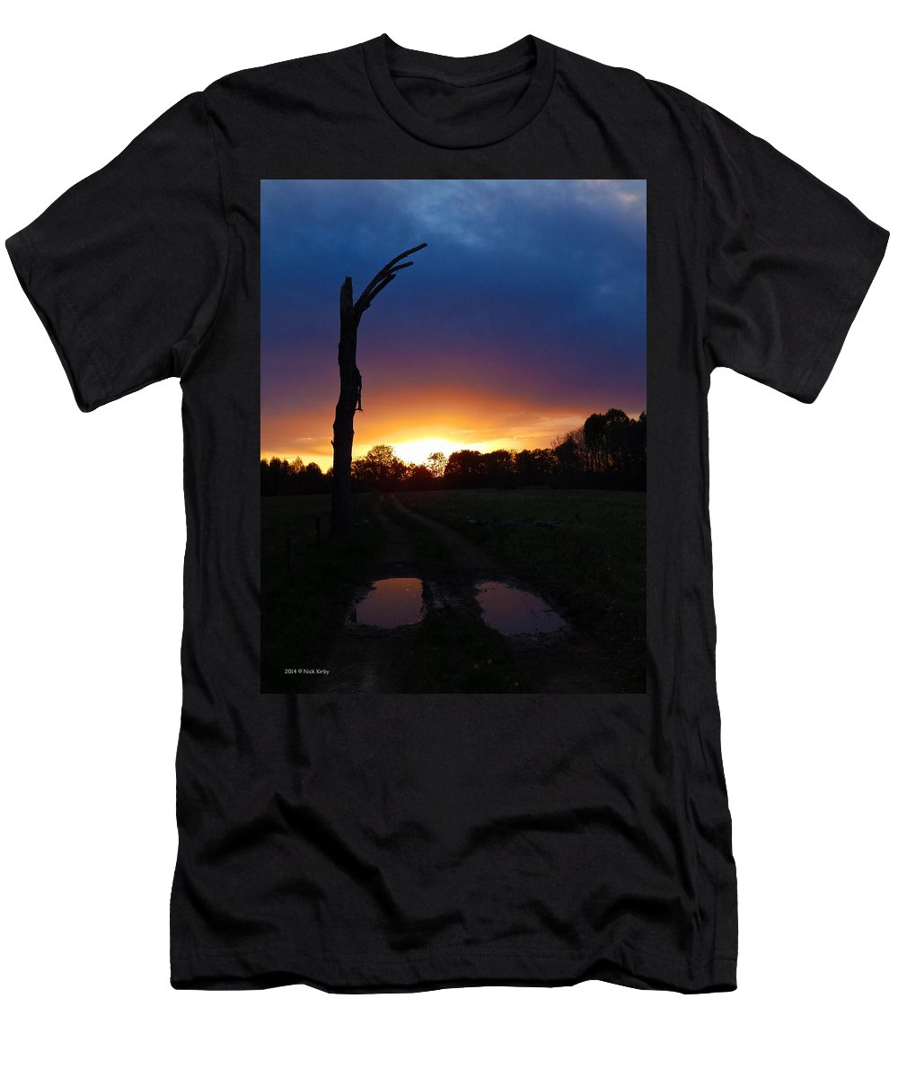 Tree Men's T-Shirt (Athletic Fit) featuring the photograph Late Sunset And Tree by Nick Kirby