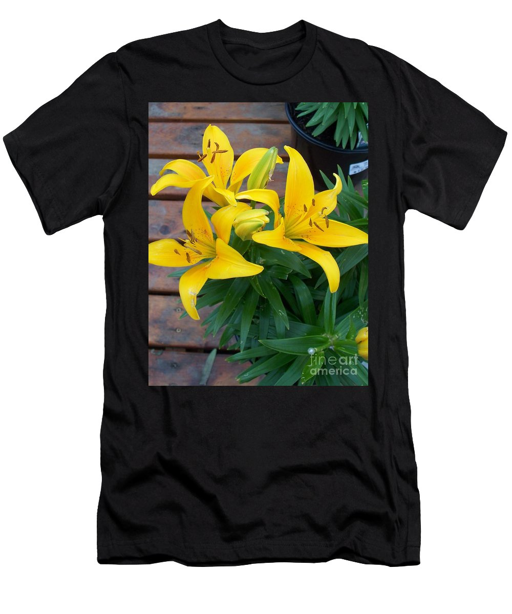 Photograph Men's T-Shirt (Athletic Fit) featuring the photograph Lily Yellow Flower by Eric Schiabor