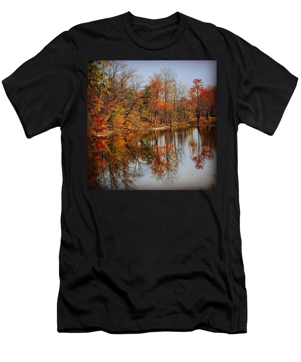 Goderich Men's T-Shirt (Athletic Fit) featuring the photograph Little Lakes by Janal Koenig