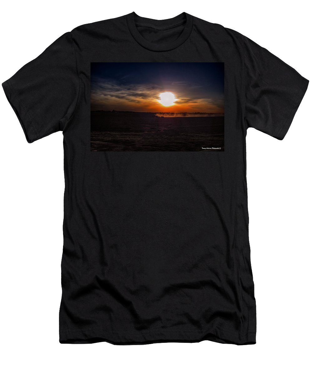 Farming Men's T-Shirt (Athletic Fit) featuring the photograph Long Day In The Heartland by Tommy Anderson